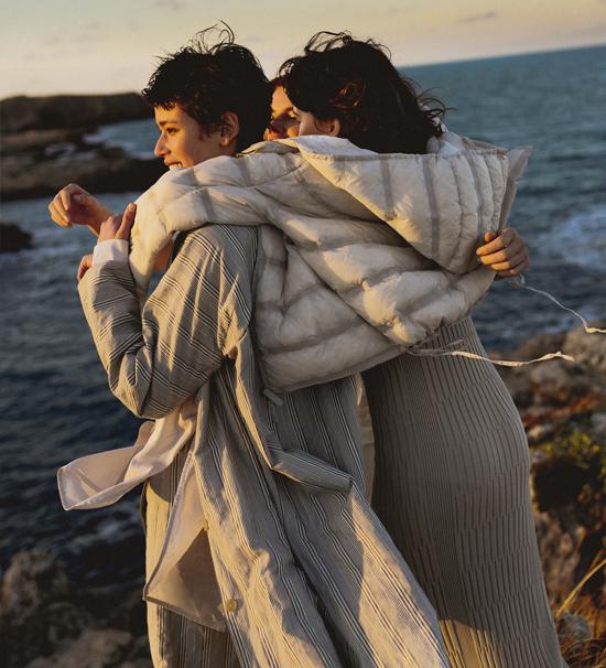 Wink botiga de roba i complements per a dona a Mataró, Maresme, Barcelona. Annette gortz, TCN, ikks, pomandère, attic and barn, momoní, cyan bags, 10dayslifestyle, humanoid, soeur, Pence, Beatriz Furest, Annette gortz, IroJeans, Rabens Saloner, Pomandere, WK, WINKmataro, ConceptStore. WINK tienda de Mataró de ropa de mujer y complementos de lujo. BARCELONA, MARESME, CONCEPTSTORE